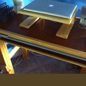 bradluthin-reclaimed-wood-desk