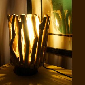 rustic-wood-table-lamp-01-6