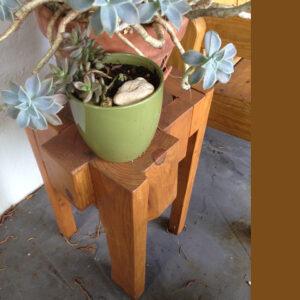scrap-wood-side-table-01-1