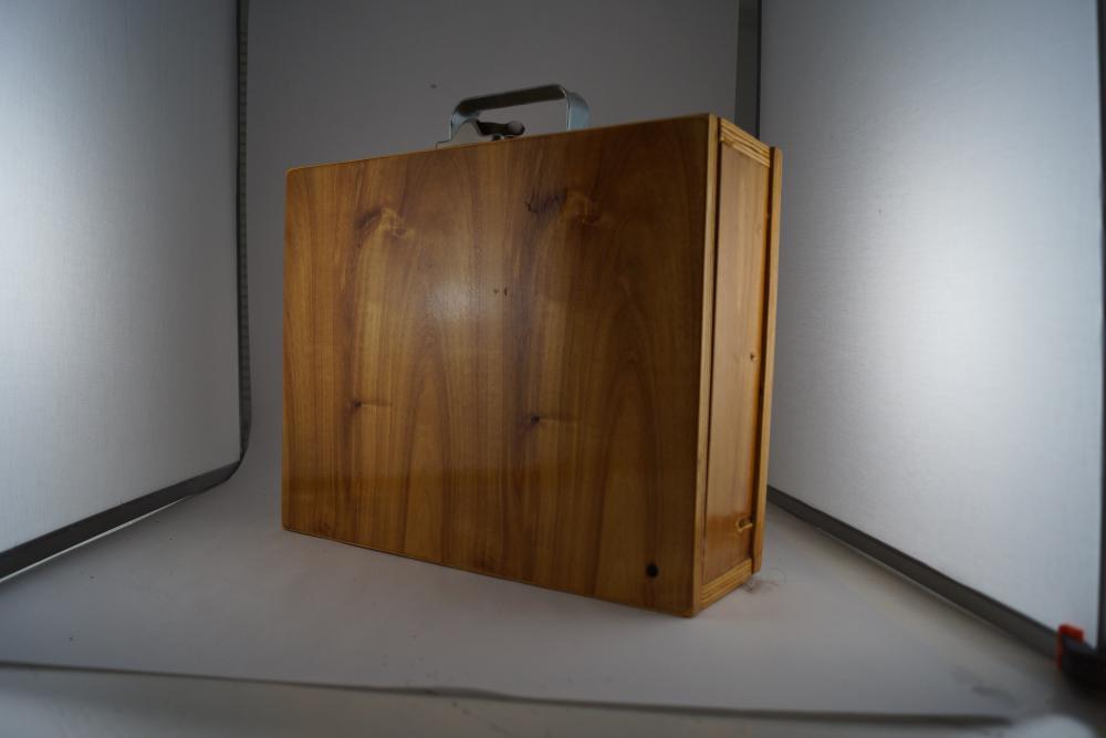 Large wood pochade painting box